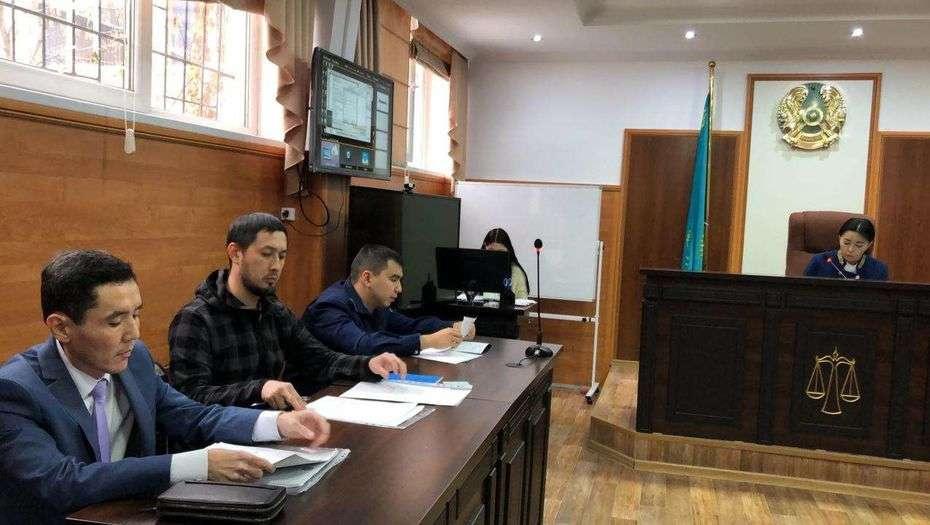 Альнур Ильяшев на суде по делу об экологии Алматы