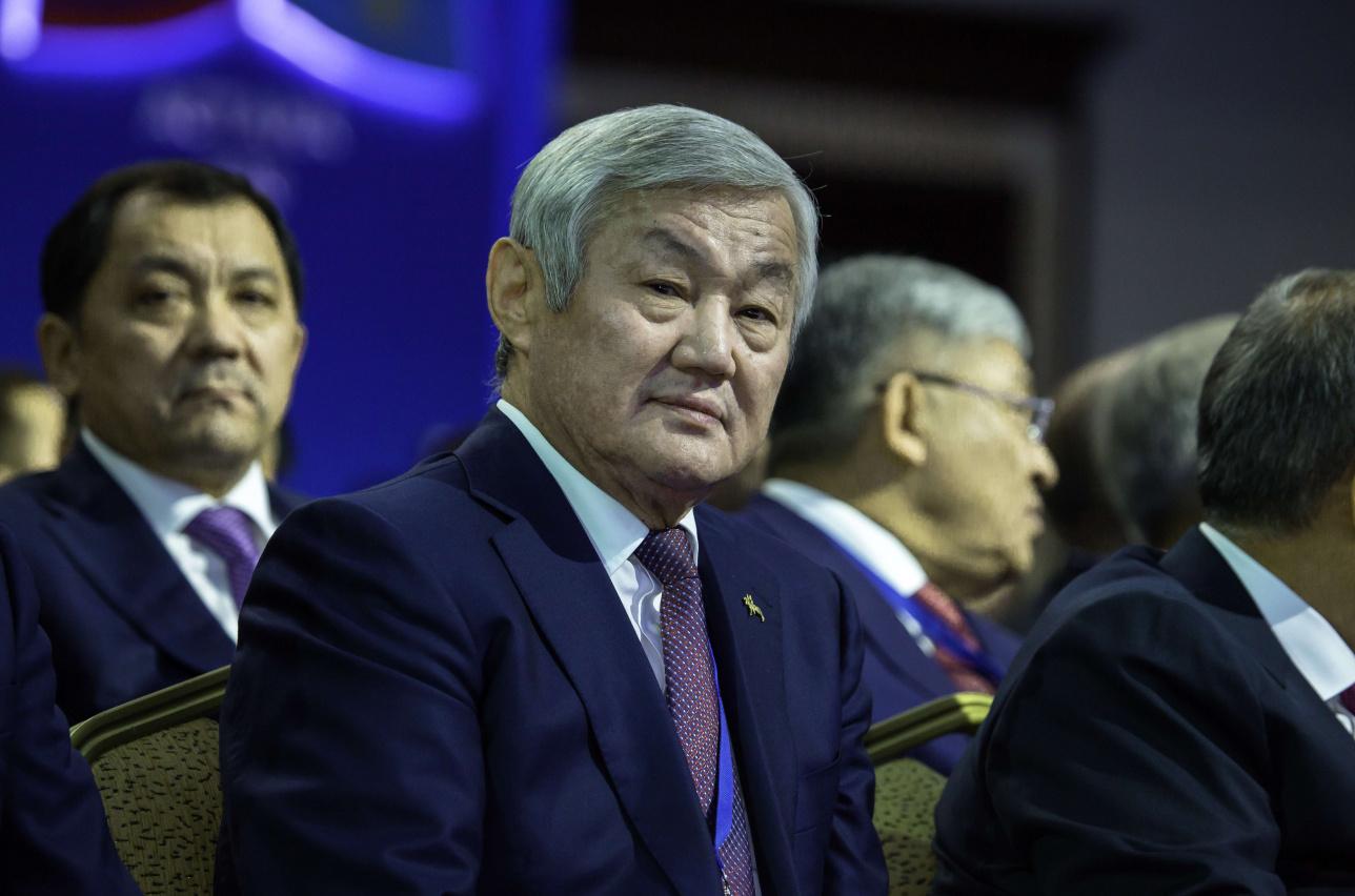 Бердыбек Сапарбаев