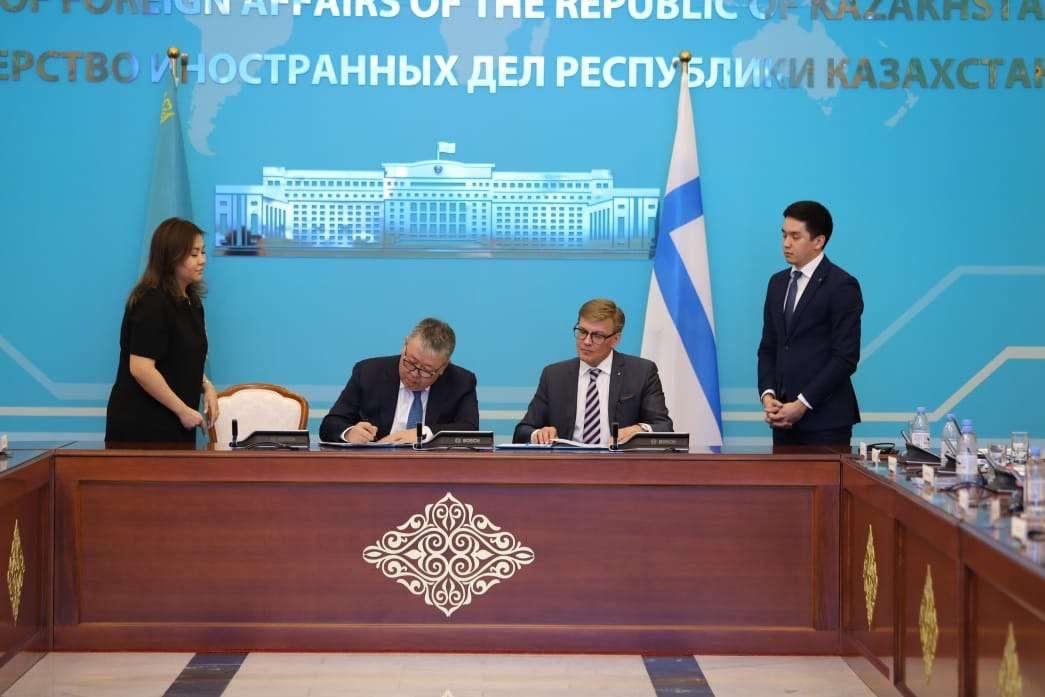 Казахстан и Финляндия подписали дополнительное соглашение к меморандуму