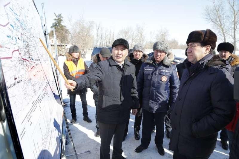Аким Карагандинской области проверил готовность к паводкам
