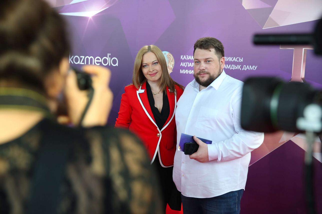 Телеведущая КТК Светлана Булатова и продюсер Вячеслав Захаров