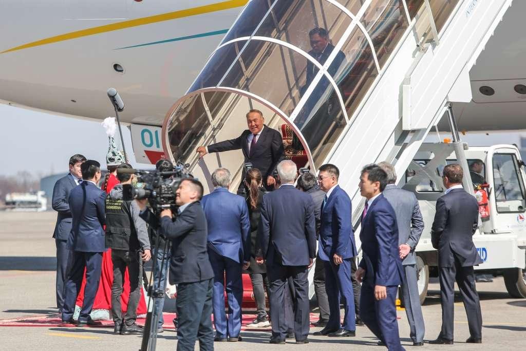 Назарбаев прибыл в Алматы