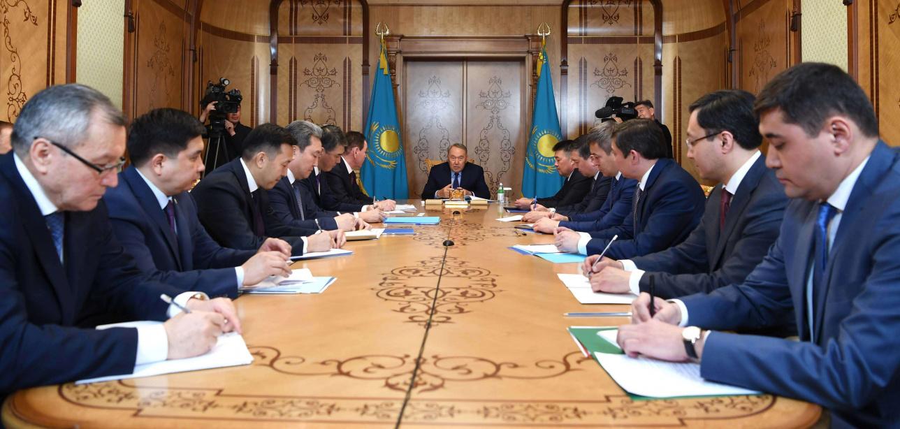 Назарбаев провёл совещание