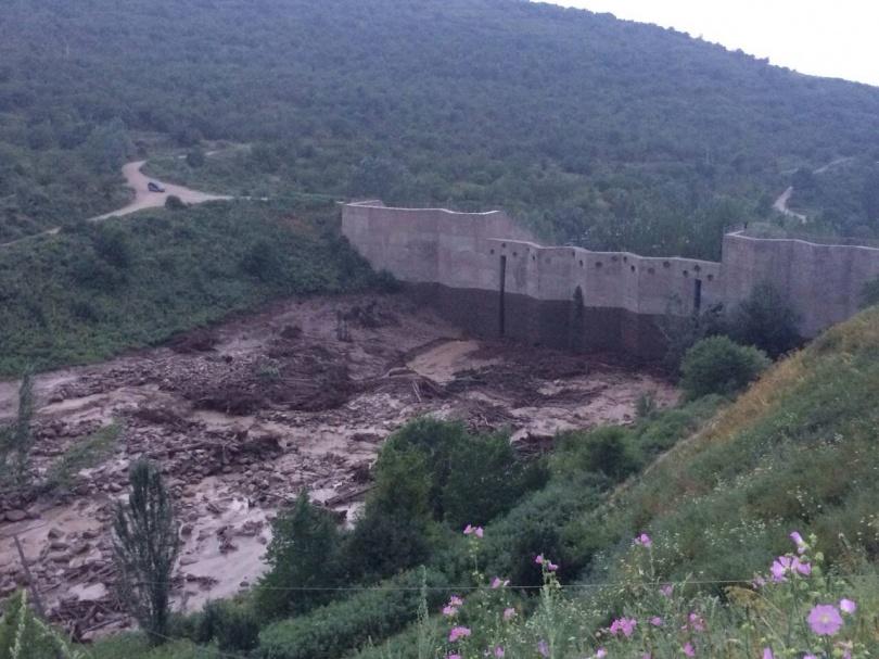 Плотина на реке Чапаево цела