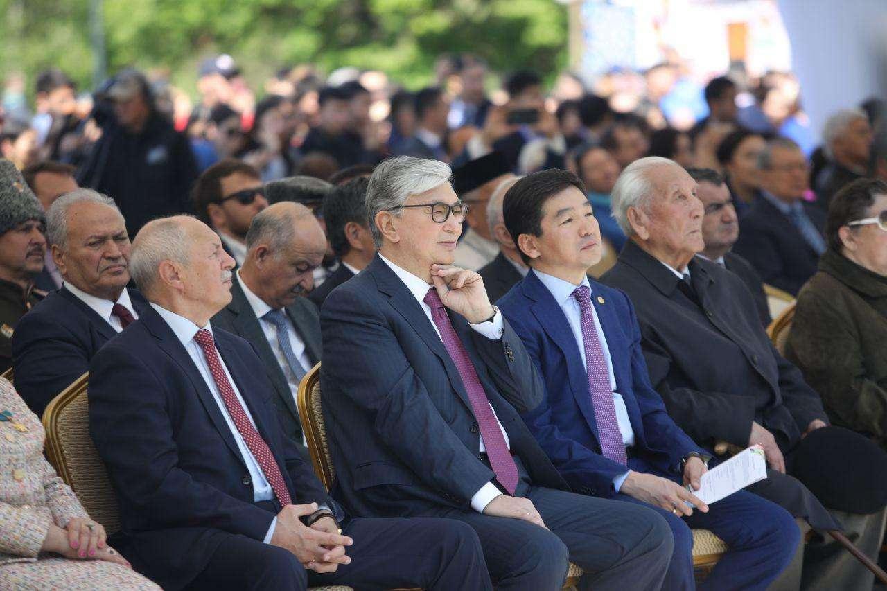 Токаев посетил концерт в Алматы
