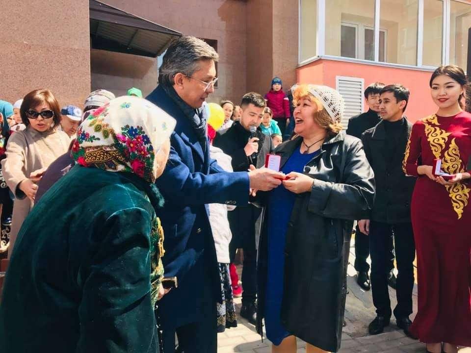 Жильё получили 24 семьи в Нур-Султане