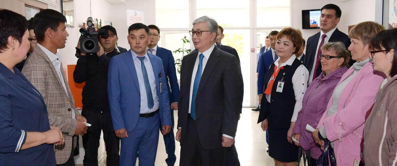Токаев посетил акимат Каратальского районе Алматинской области