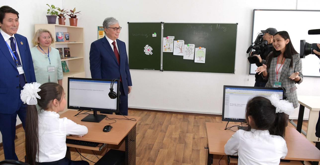 Касым-Жомарт Токаев в школе-гимназии №68
