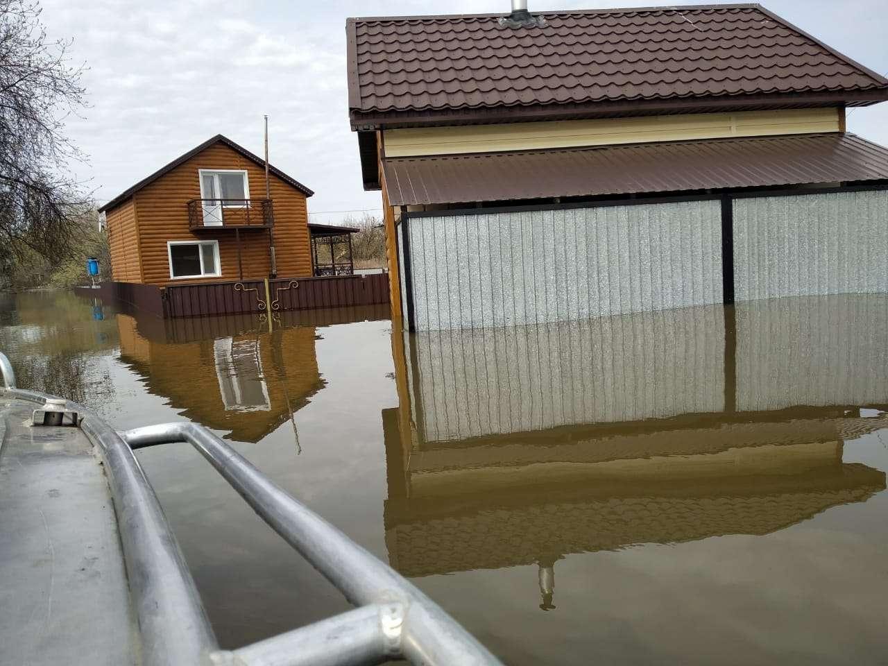 Паводки подтопили дома в Кокшетау и Петропавловске