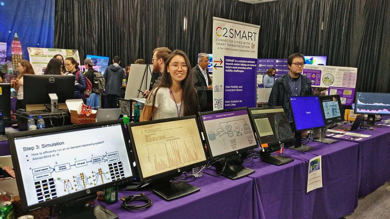 Әсел NYU Research Expo 2018 шарасында Behavioral Urban Informatics, Logistics, and Transport зертхана зерттеушісі ретінде қатысқан сәтінен