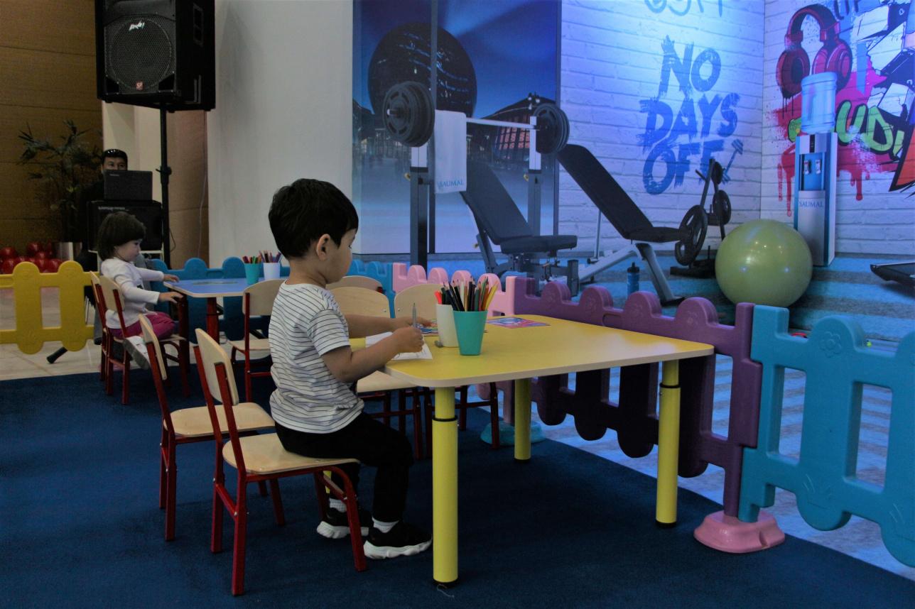 Столики для малышей