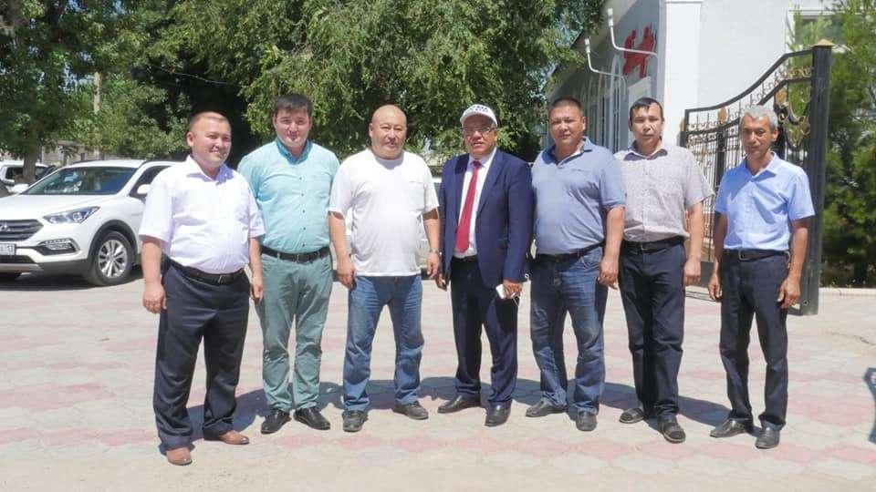 Толеутай Рахимбеков встретился с избирателями