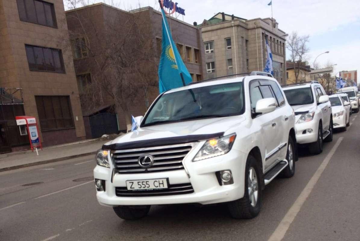Автопробег прошёл в трёх городах Казахстана