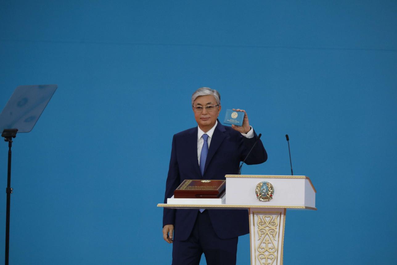 Токаев получил удостоверение президента