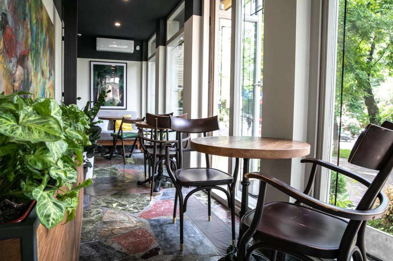 Кофейня Big Apple на Абылай Хана - Курмангазы