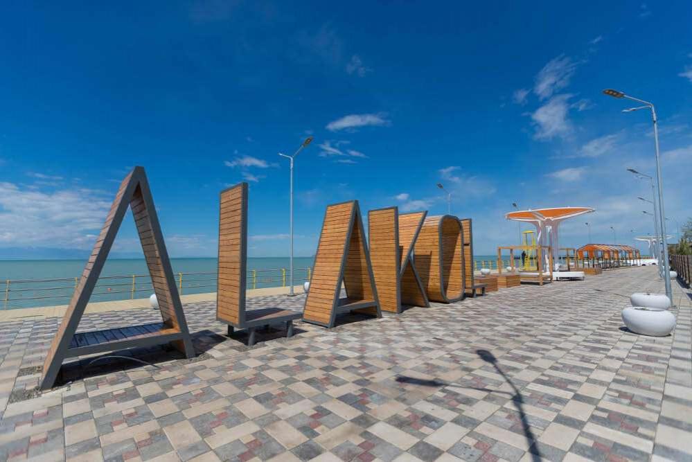 Озеро Алаколь попало в десятку объектов карты туристификации страны