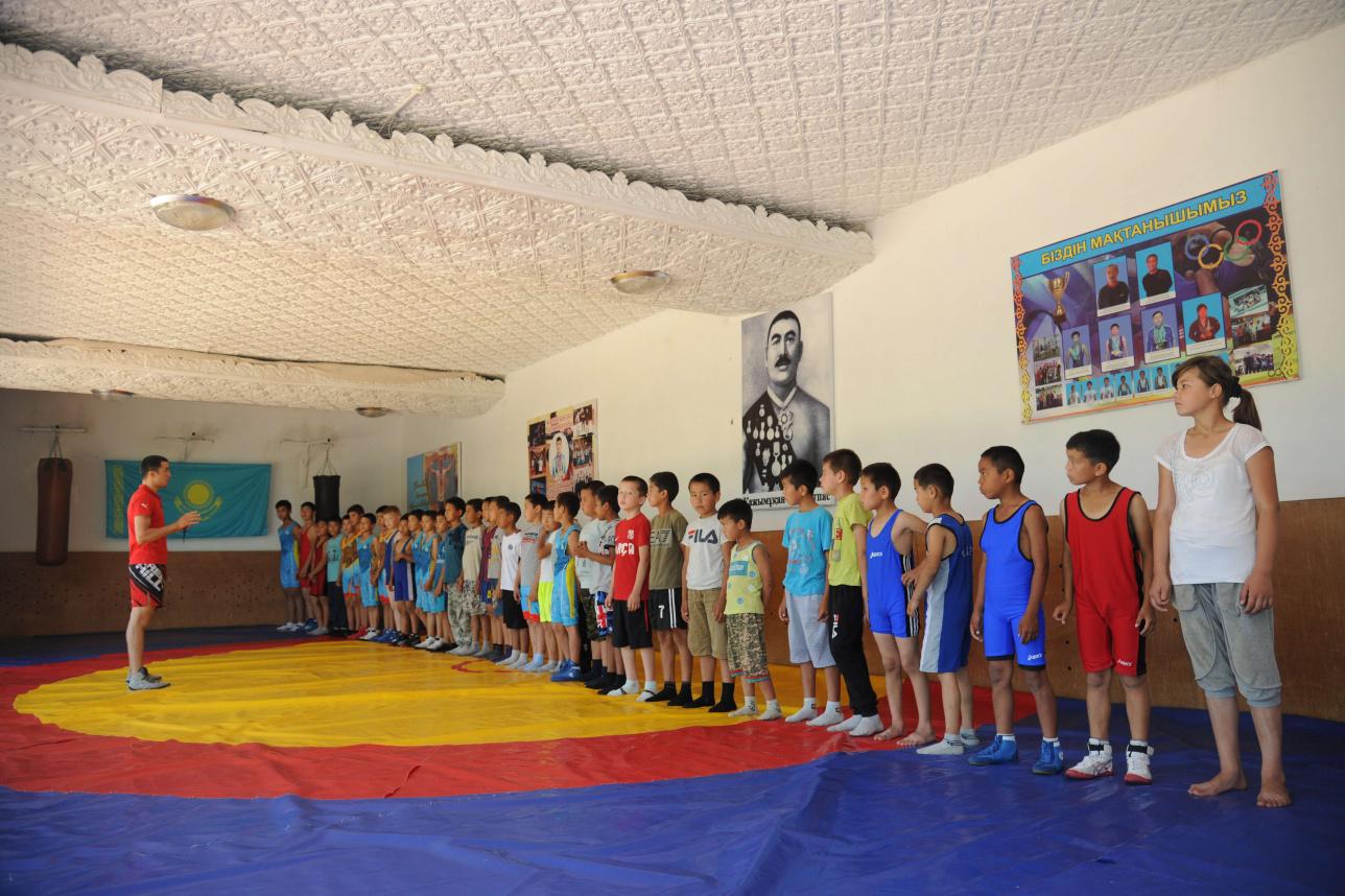 Мәдениет үйінің екінші қабатында орналасқан спорт залы