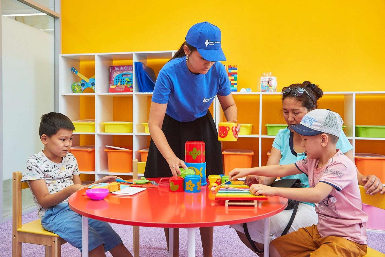 Занятия в аутизм-центре