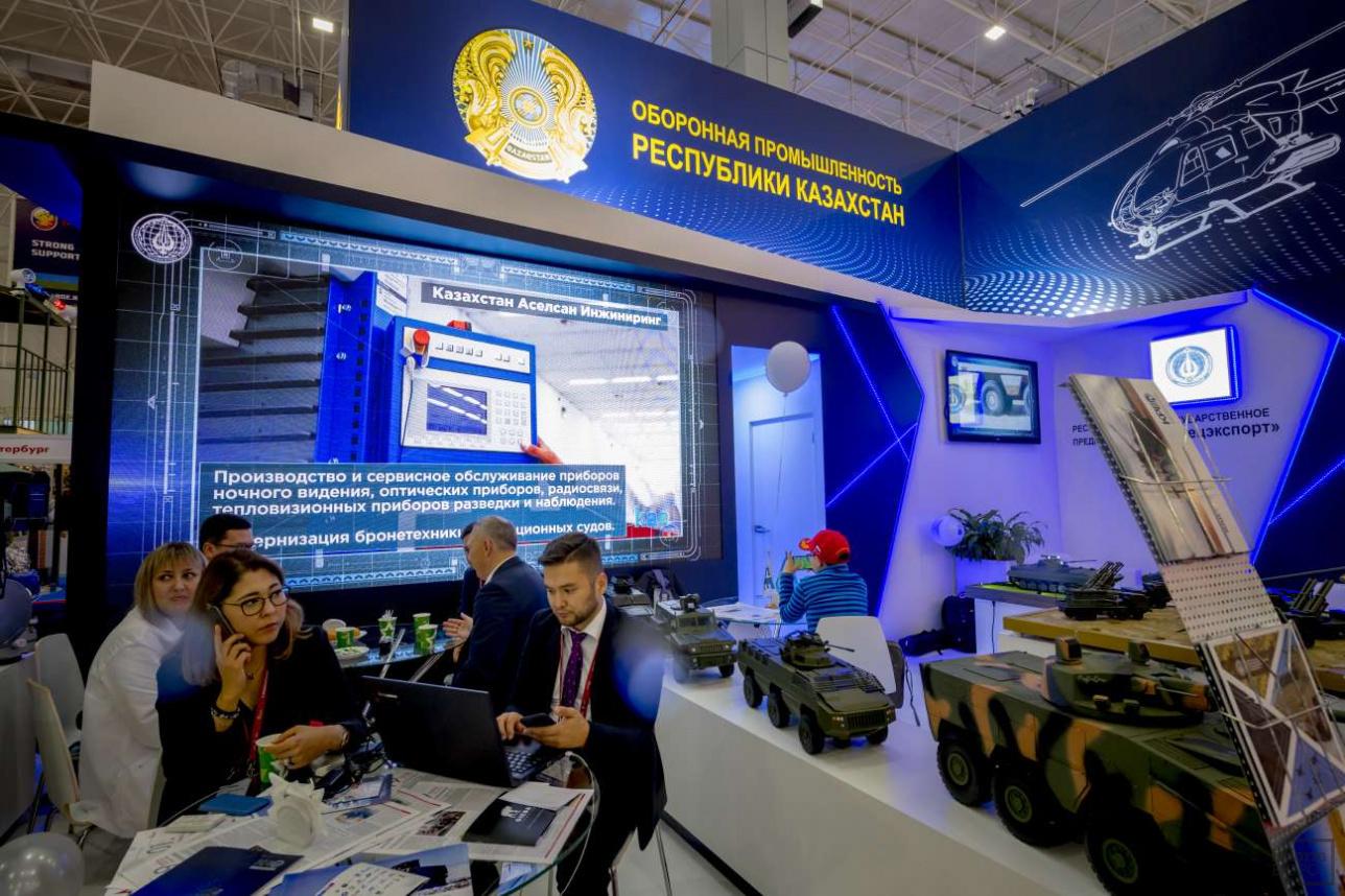 Стенд ОПК Республики Казахстан
