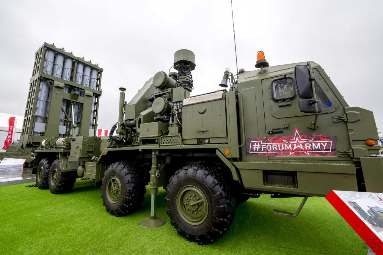 """Пусковая установка зенитной ракетной системы С-350 """"Витязь"""""""