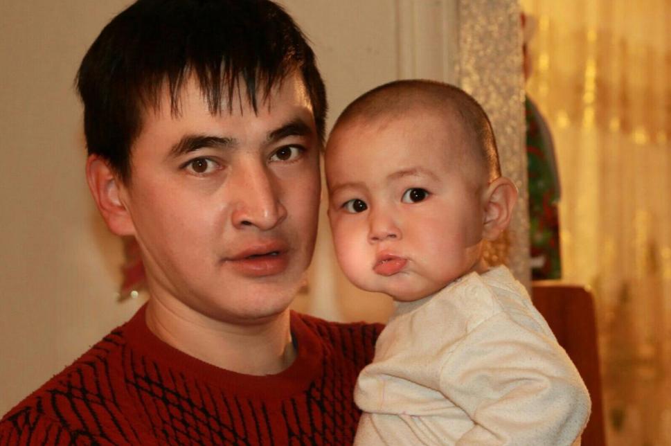 Максат Салимбаев с дочерью Айару