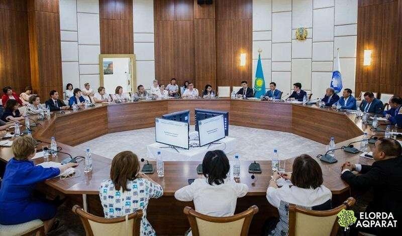 Встреча акима и руководителей медучреждений столицы