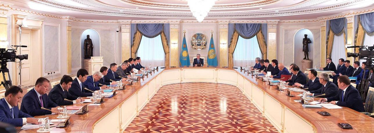 Совещание с акимами областей, городов Нур-Султана, Алматы и Шымкента