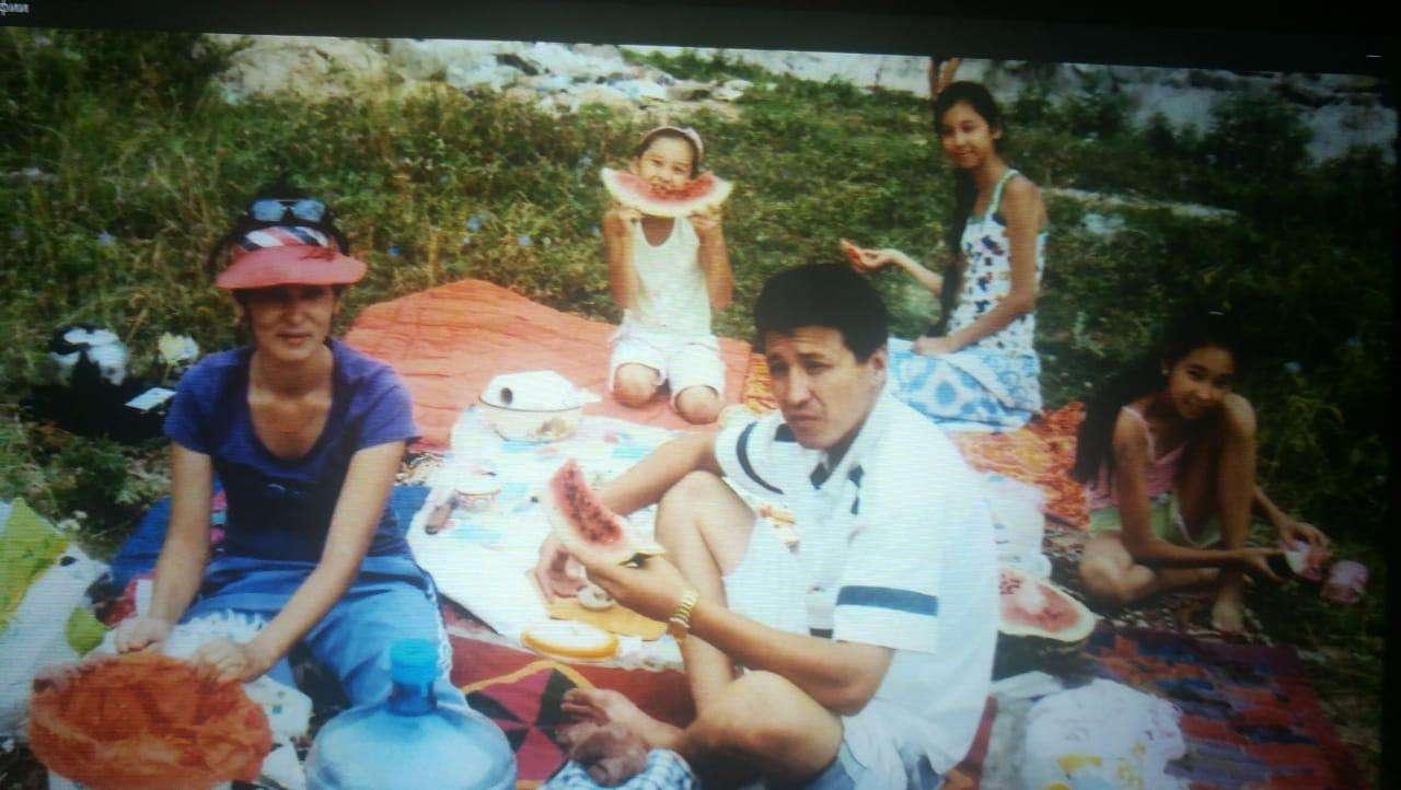 Ермурат Иманкулов вместе с семьёй