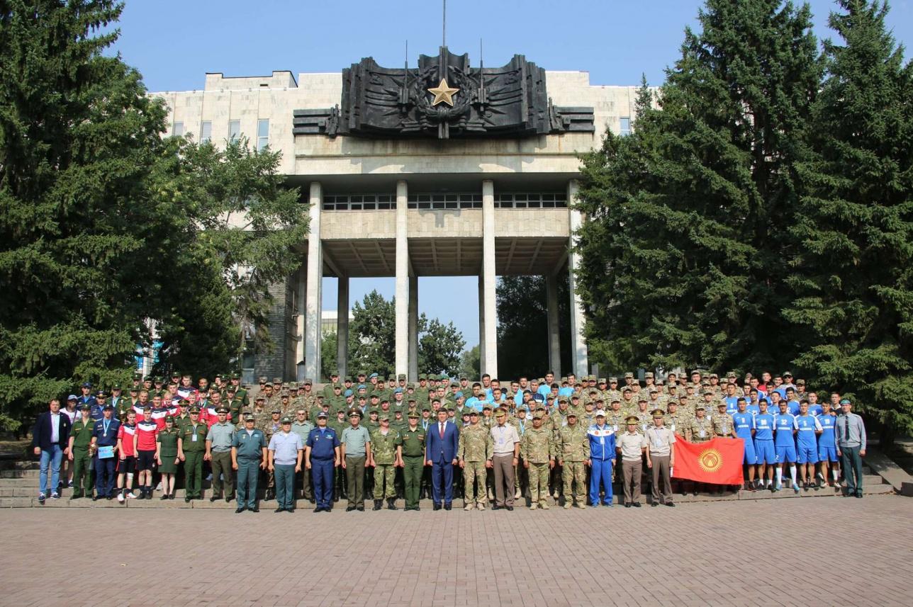 Участники первых военно-спортивных игр курсантов стран СНГ