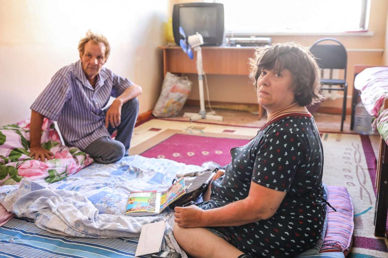 Семья Хамрюк, временно живущая в школе №1
