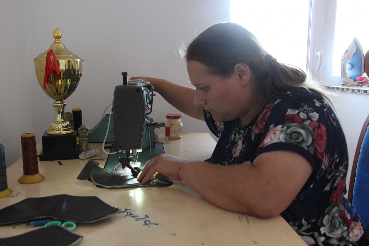 Мария собирается продолжить заниматься обувным делом