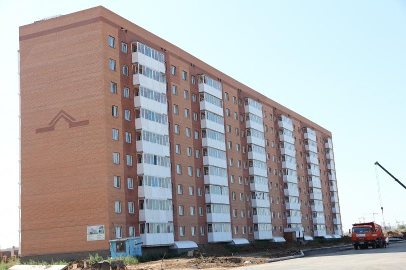 """Первоначально этот дом, построенный по программе """"Доступное жильё"""", должен быть сдан в эксплуатацию ещё в декабре 2013 года"""