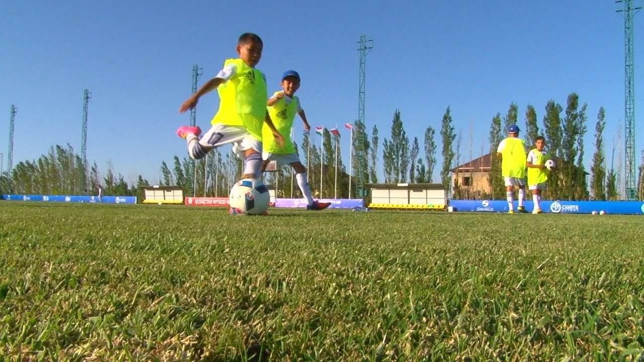 """Кадр из видео """"Казахстан хочет развивать детский футбол по примеру Исландии"""" / Источник: Youtube"""