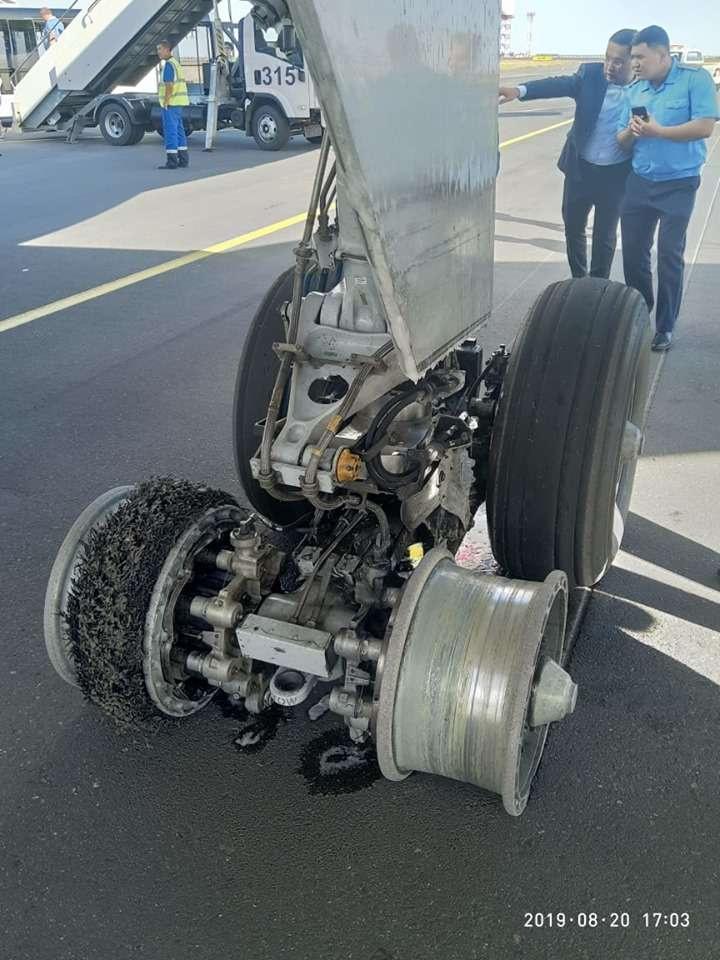 Самолёт повредил шасси при взлёте