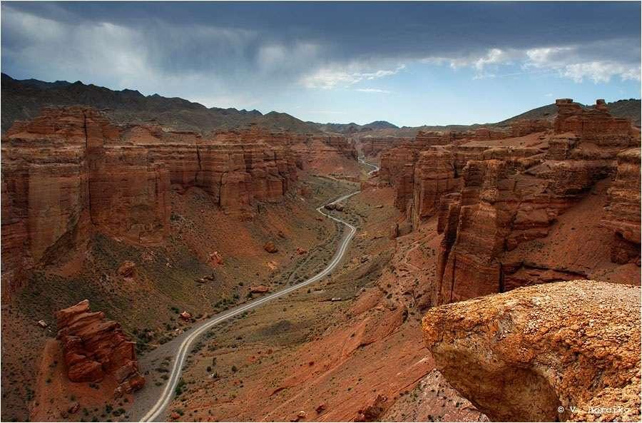 Долина замков Чарынского каньона