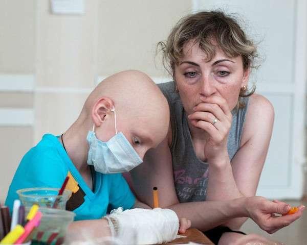 Дүние жүзінде онкологтар аурудың жасара түскенін айтып дабыл қағуда