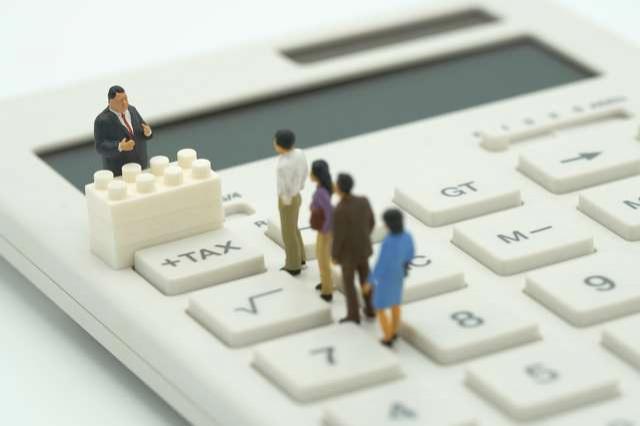 Налоговые органы могут подать иск в суд за долги