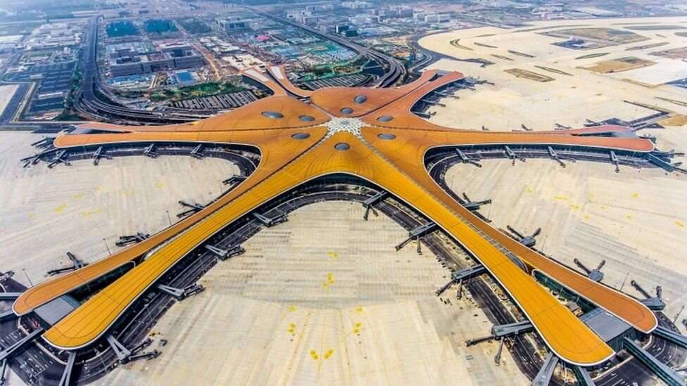 Новый аэропорт имеет форму морской звезды