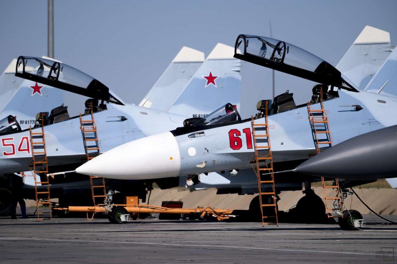 Многоцелевые истребители Су-30СМ ВКС РФ