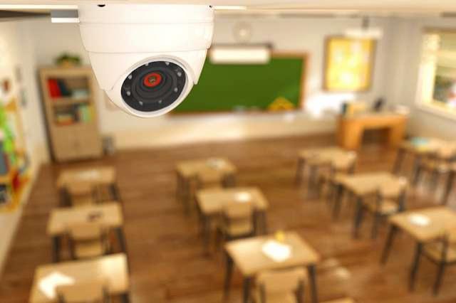 Камеры видеонаблюдения должны быть установлены в каждой школе