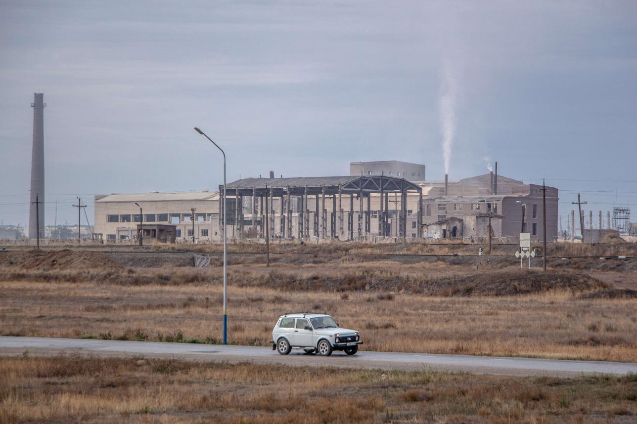 """Таких завод в Советском союзе было только два. """"Алгинский"""" при этом был первым предприятием, с которого началось развитие химической отрасли в КазССР."""