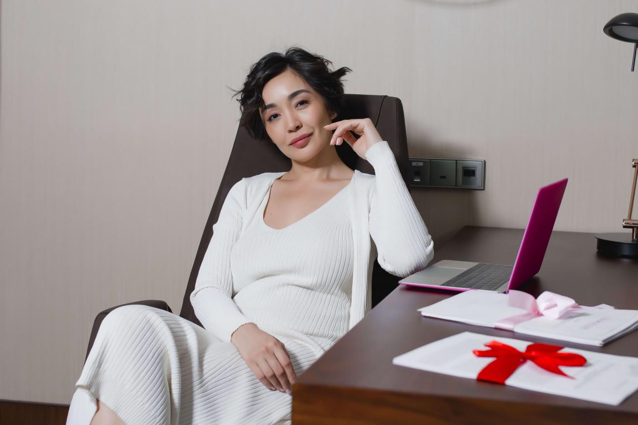 Шолпан Жусанбаева, сексолог