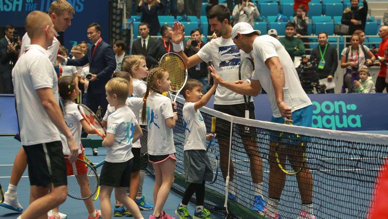 Теннисисты провели мастер-класс для детей