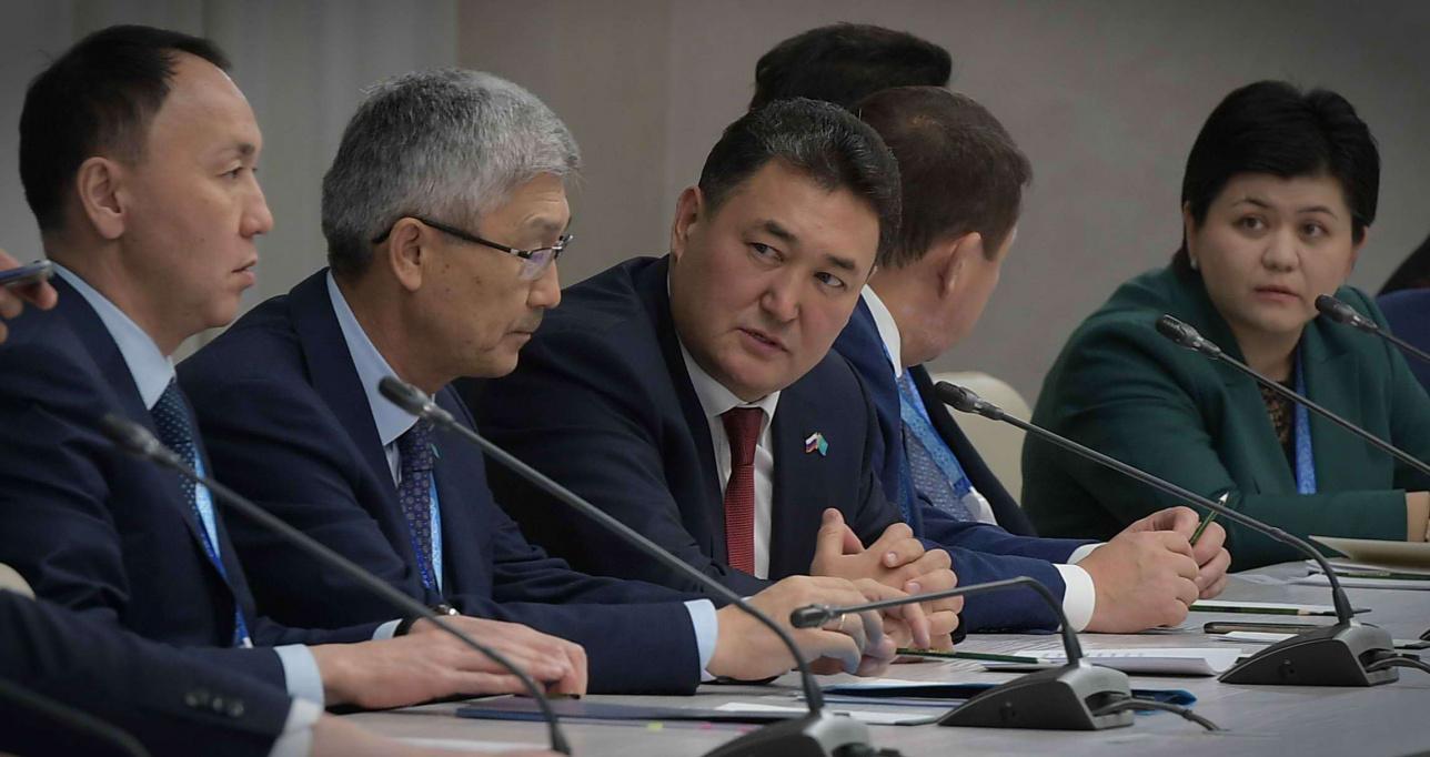 Булат Бакауов рассказал президентам о проблеме на границе