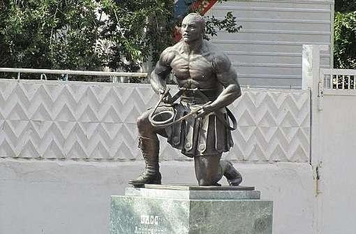 Орынбор қаласында Засқа қойылған ескерткіш