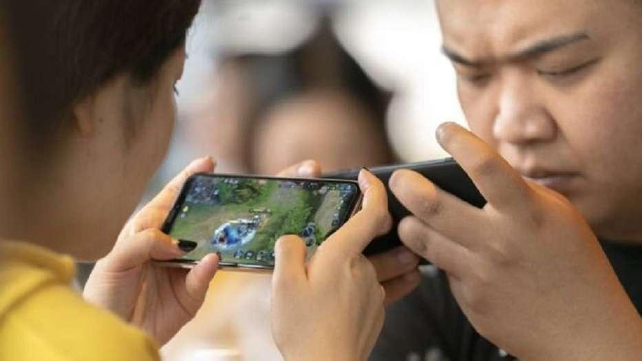 Власти Китая обеспокоены ростом близорукости среди подростков