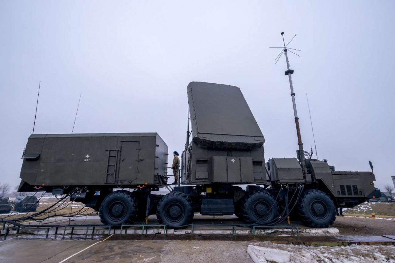 Кабина боевого управления ЗРК С-300 ПС – самая уязвимая часть комплекса, так как противник поражает прежде всего радары, наводя ракеты по их излучению